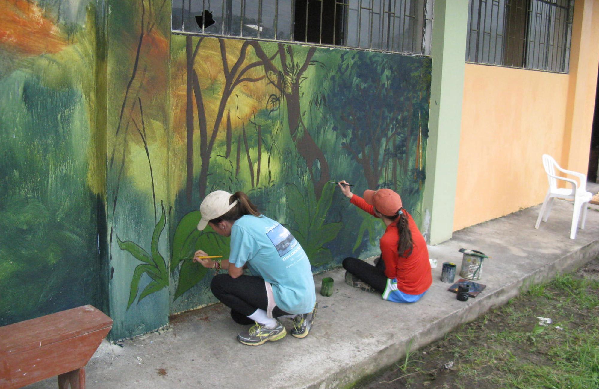 community service project on ecuador moondance trip