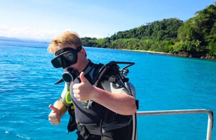 teen scuba trip in fiji