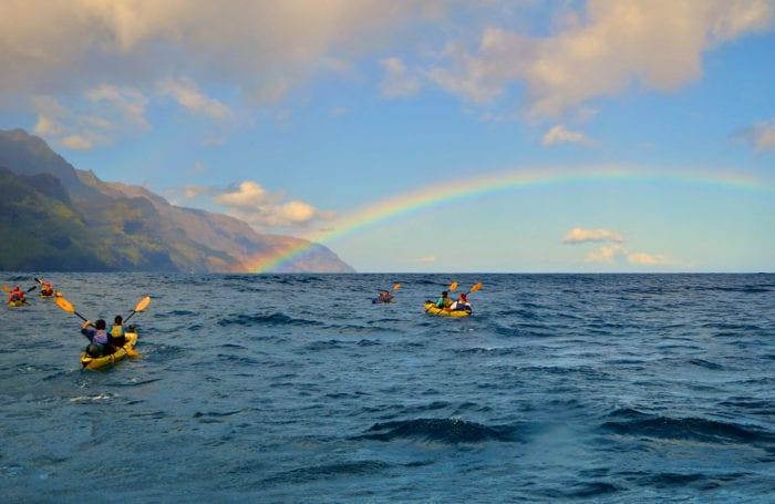 kayak the na pali coastline with moondance